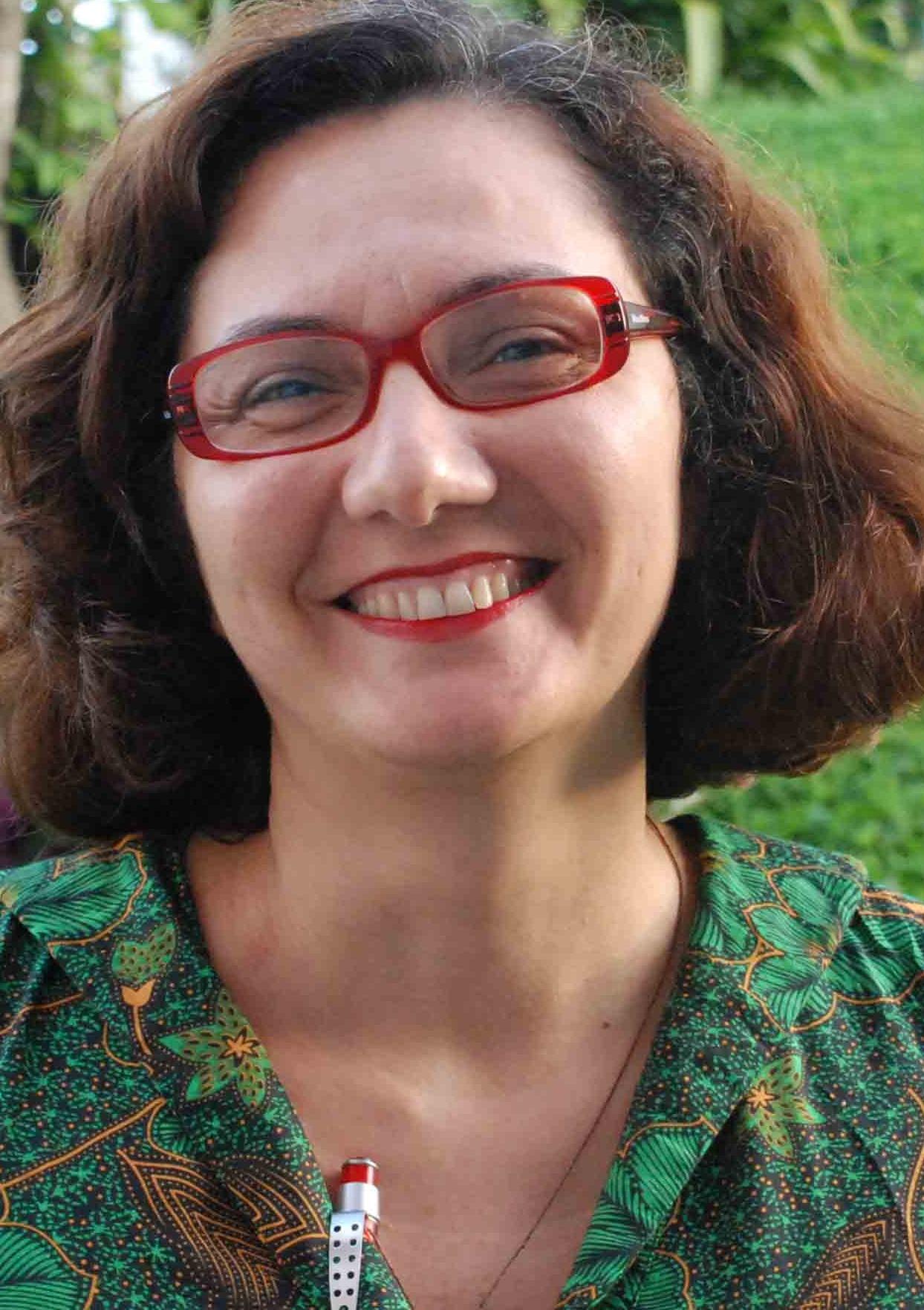 Lynn Rosalina Gama Alves